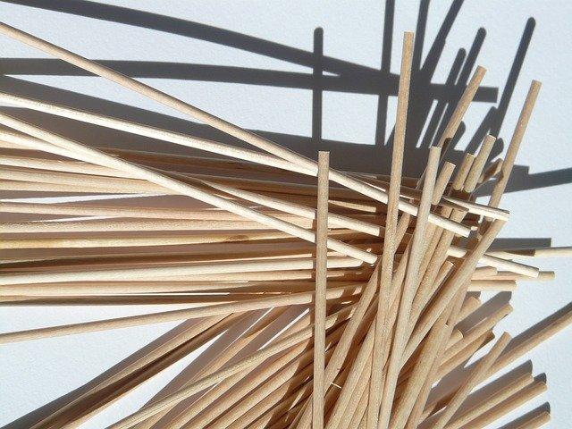 dřevěné špejle.jpg